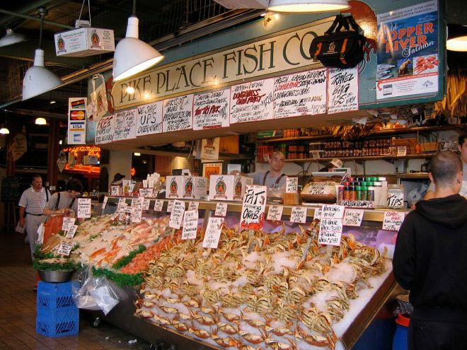 By Jay Galvin from Pleasanton, CA, USA (Pikes Place Fish) [CC BY 2.0 (http://creativecommons.org/licenses/by/2.0)], via Wikimedia Commons